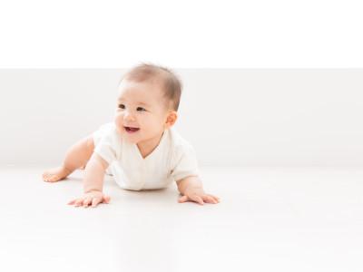 赤ちゃんを二重まぶたにする!時期とテクニック!