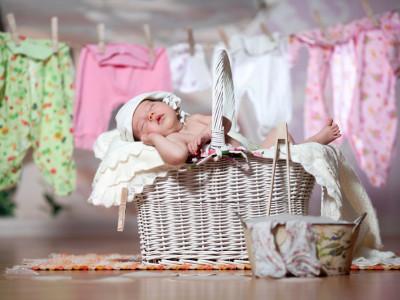 新生児に必要な服はこれだ!春夏秋冬編